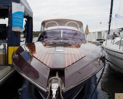 Boat Show b1